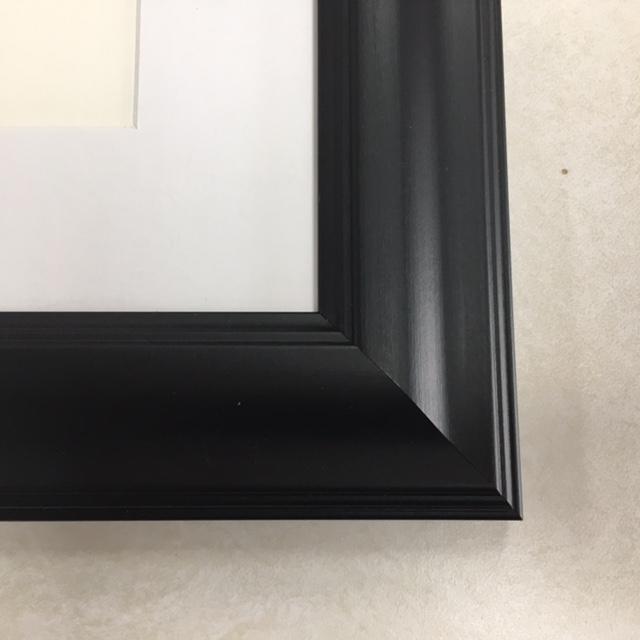 F186 Black Frame with White Mat